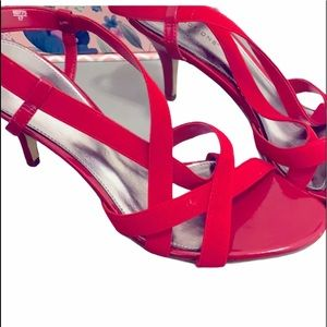 Predictions red strappy heels size 9 NEW